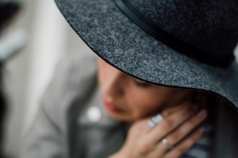 hat-984391_1920
